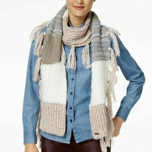 Steve Madden Chunky Knit Rectangle Scarf Fringe